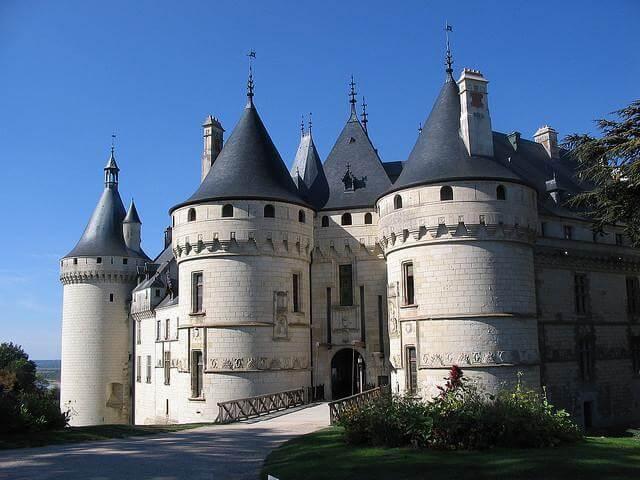 Lâu đài cổ kính